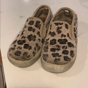 Toddler girl carters shoes 8
